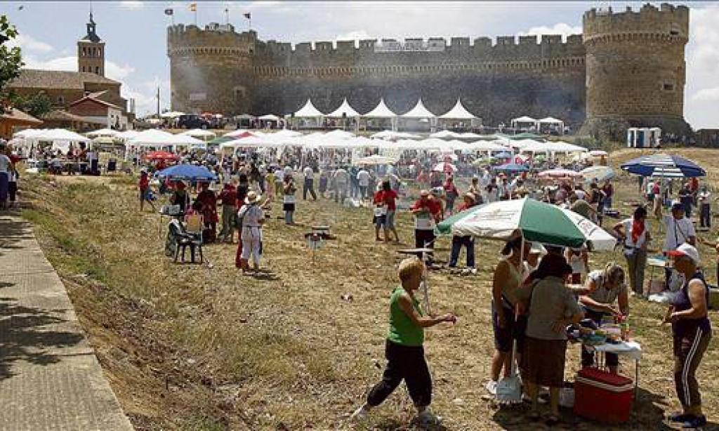 XVI CONCURSO NACIONAL DE PAELLAS DE LA FEDERACION DE LA MUJER RURAL